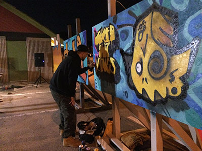Live graffitti art and music during the Night of Art